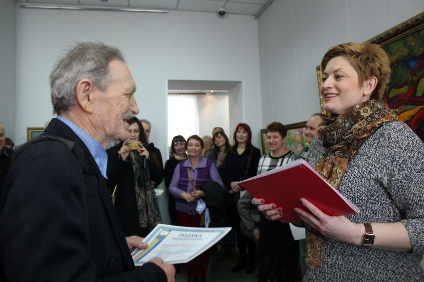Масштабная выставка в Мариуполе: художники представили свои работы за последние 25 лет (ФОТО), фото-6