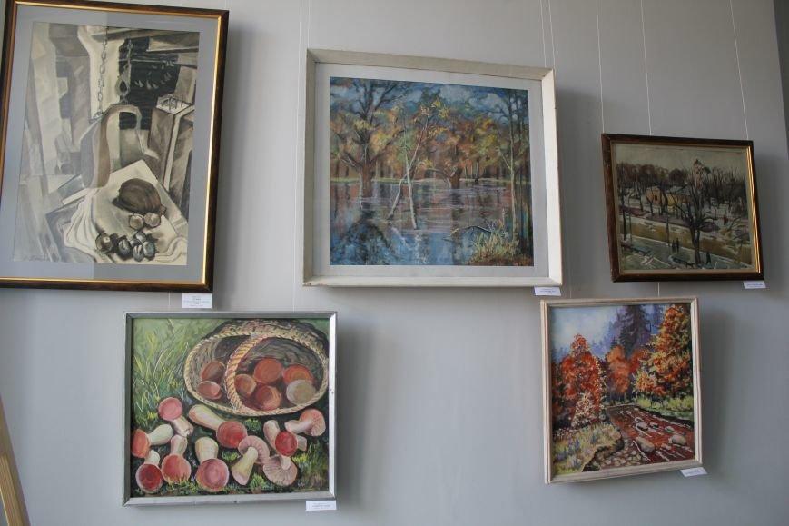 Масштабная выставка в Мариуполе: художники представили свои работы за последние 25 лет (ФОТО), фото-21
