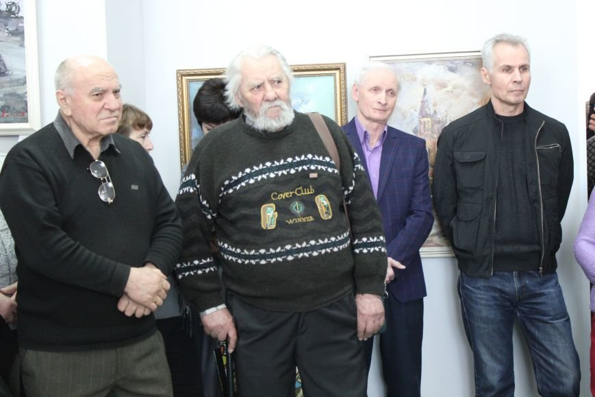 Масштабная выставка в Мариуполе: художники представили свои работы за последние 25 лет (ФОТО), фото-9