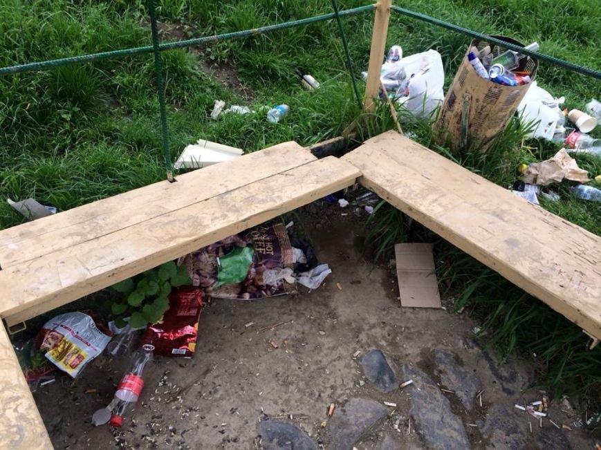 На березі Ужа у центрі Ужгорода - стихійне сміттєзвалище: фото, фото-7