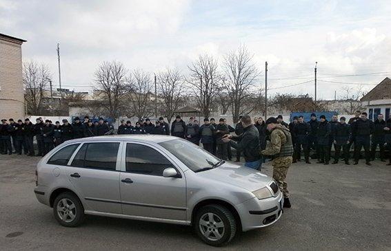 В Херсонской области полиция отрабатывала действия при массовых беспорядках (фото), фото-1