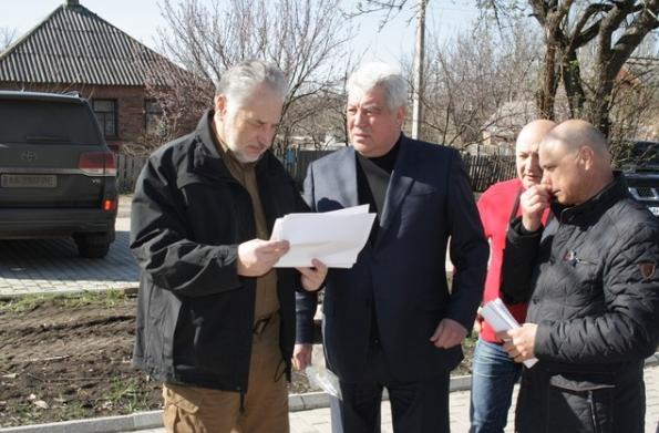 Павел Жебривский в рамках выездного рабочего совещания посетил Бахмут, фото-1