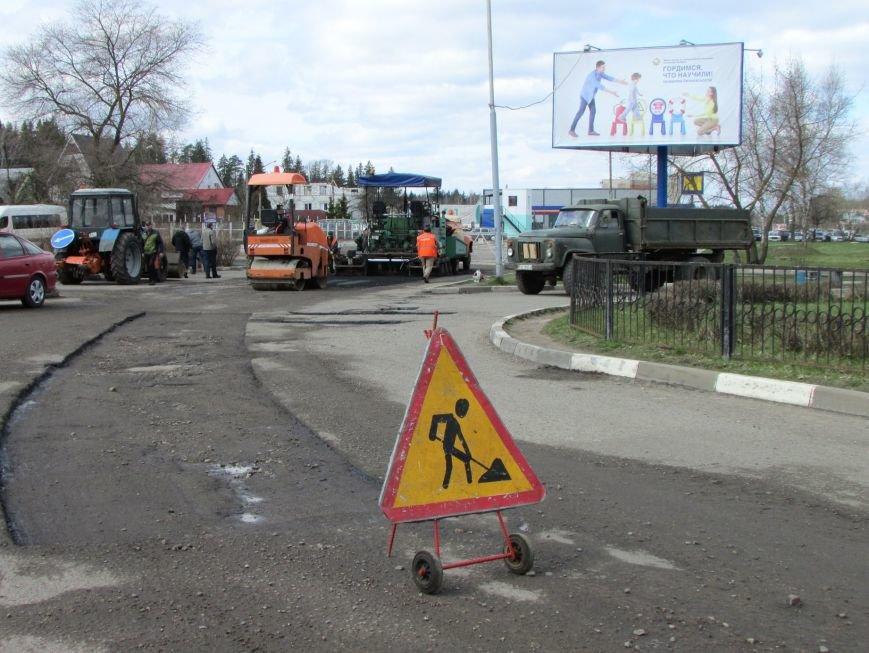 В Новополоцке возле автовокзала чинят дорогу. Движение транспорта ограничено, фото-4