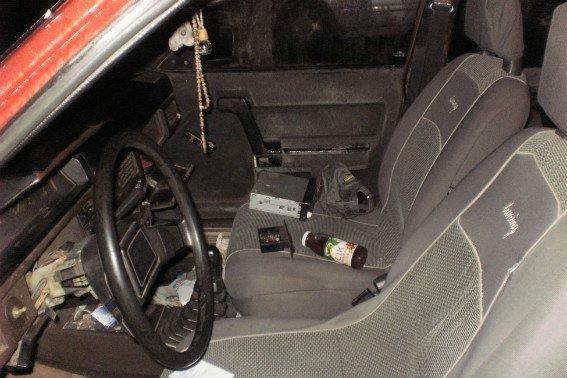 В Ужгороді поліція затримала серійного злочинця, на рахунку якого крадіжки з 10 автомобілів: фото, фото-1