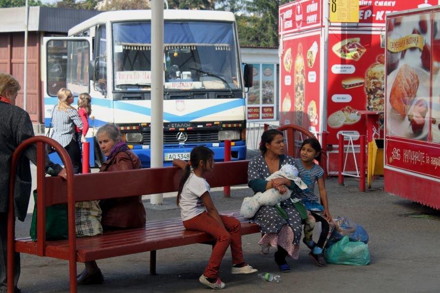 Чи їздитимуть закарпатські пасажирські автобуси на Великодні свята: графік, фото-1