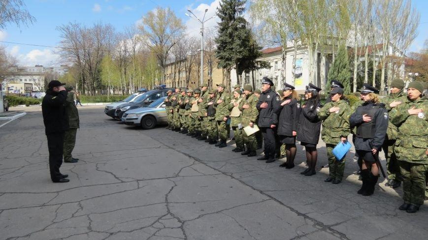 В связи с пасхальными праздниками, полиция Покровска переходит на усиленный вариант несения службы, фото-6