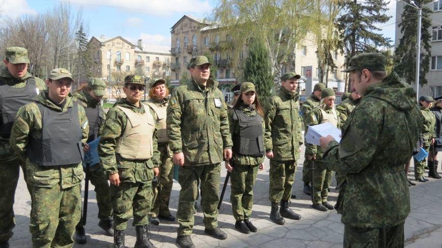 В связи с пасхальными праздниками, полиция Покровска переходит на усиленный вариант несения службы, фото-5
