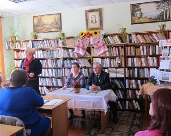 На базі Новоград-Волинської районної бібліотеки імені Лесі Українки відбувся районний семінар бібліотечних працівників, фото-1