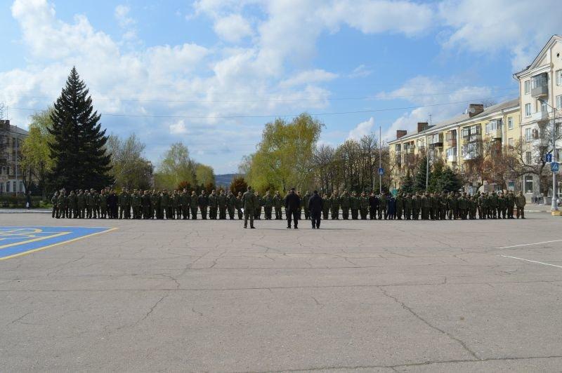 В праздничные дни краматорчан будут охранять в усиленном режиме, фото-3
