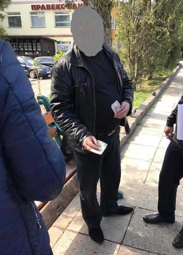 Прокуратура розповіла деталі затримання хабарників із внутрішньої безпеки ДФС в Ужгороді: фото, фото-3