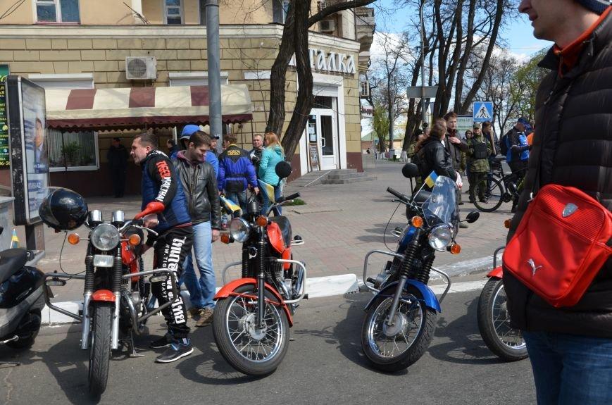 Сотни байкеров проехались по улицам Мариуполя (ФОТО+ВИДЕО), фото-4