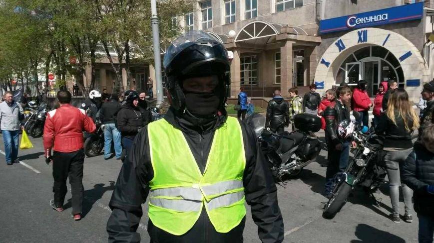 Сотни байкеров проехались по улицам Мариуполя (ФОТО+ВИДЕО), фото-15