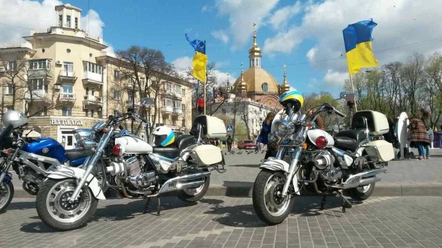 Сотни байкеров проехались по улицам Мариуполя (ФОТО+ВИДЕО), фото-17