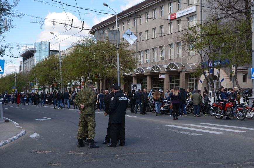 Сотни байкеров проехались по улицам Мариуполя (ФОТО+ВИДЕО), фото-1