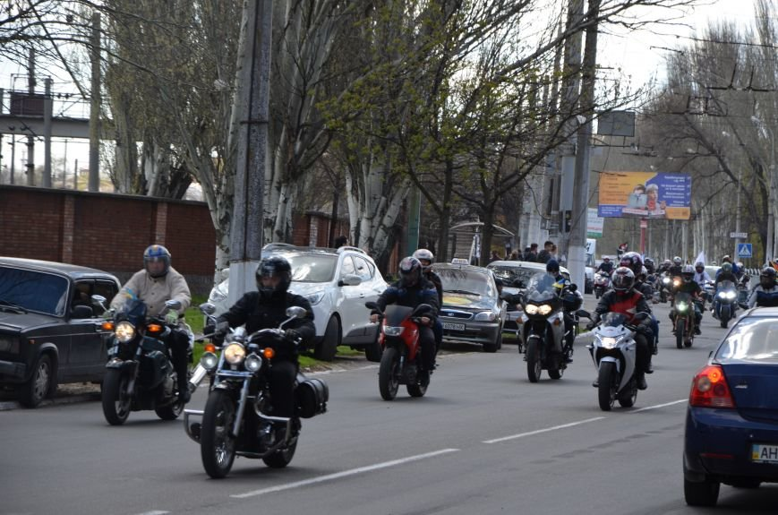 Сотни байкеров проехались по улицам Мариуполя (ФОТО+ВИДЕО), фото-29