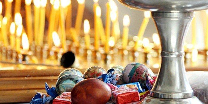 1454343817_pashalnaya-slughba-traditsii-obryady