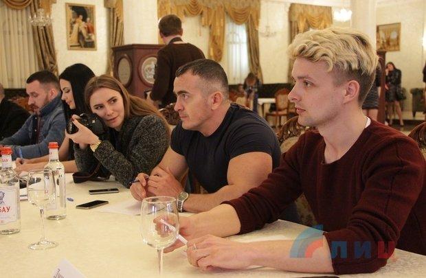 Тымчук поведал о«содержательных» праздничных днях в«ЛНР»— Разбои иубийства