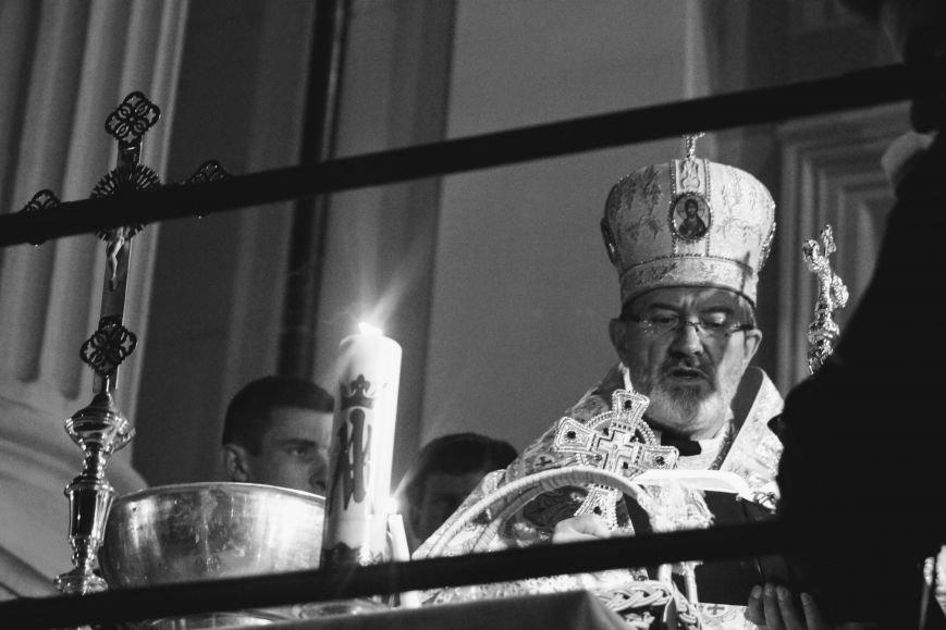 Як ужгородці святили паски у Кафедральному соборі: фоторепортаж, фото-8