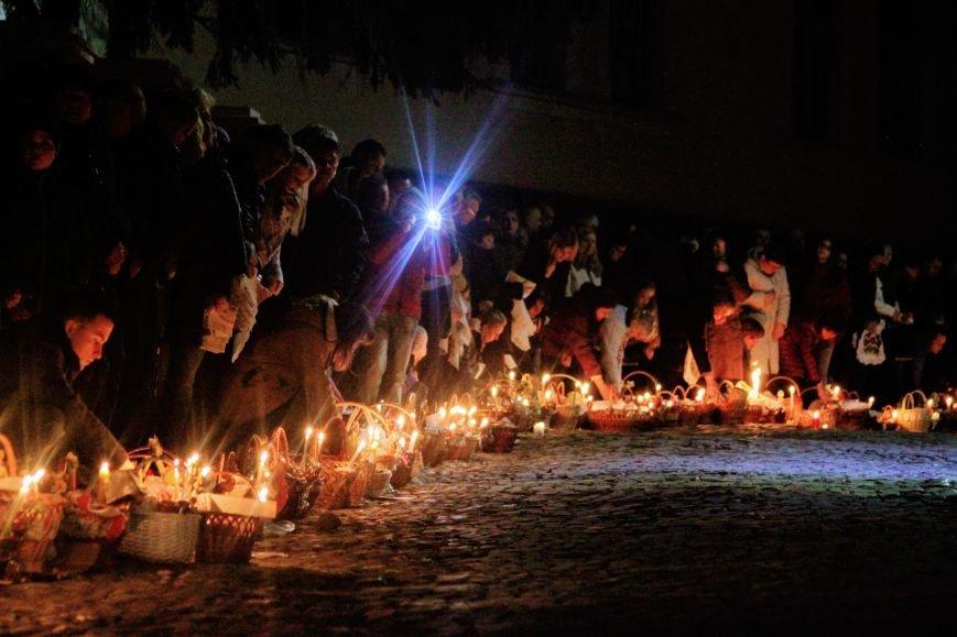 Як ужгородці святили паски у Кафедральному соборі: фоторепортаж, фото-13