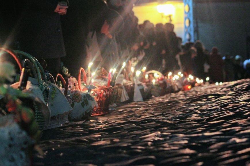 Як ужгородці святили паски у Кафедральному соборі: фоторепортаж, фото-7