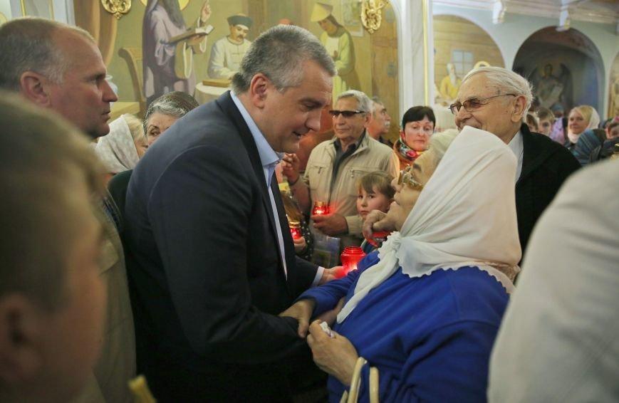 Симферополь встретил Благодатный огонь (ФОТО, ВИДЕО), фото-5