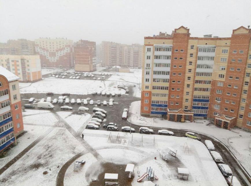 Полоцк и Новополоцк на Пасху замело снегом, фото-4