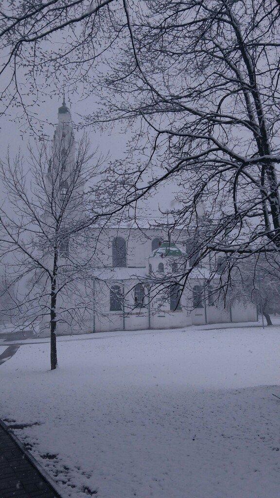 Полоцк и Новополоцк на Пасху замело снегом, фото-2