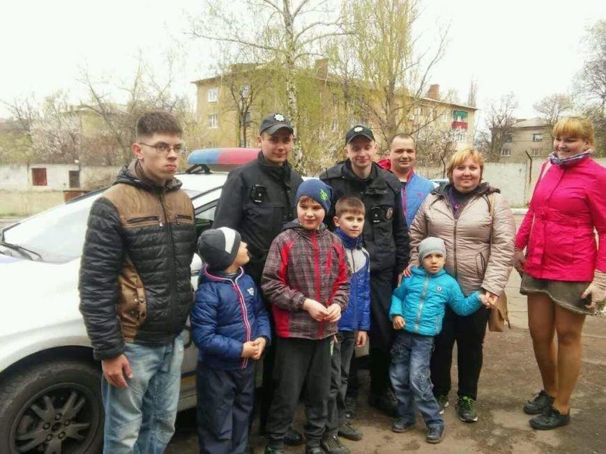 В Краматорске полиция активно сотрудничает с благотворительным фондом, фото-3