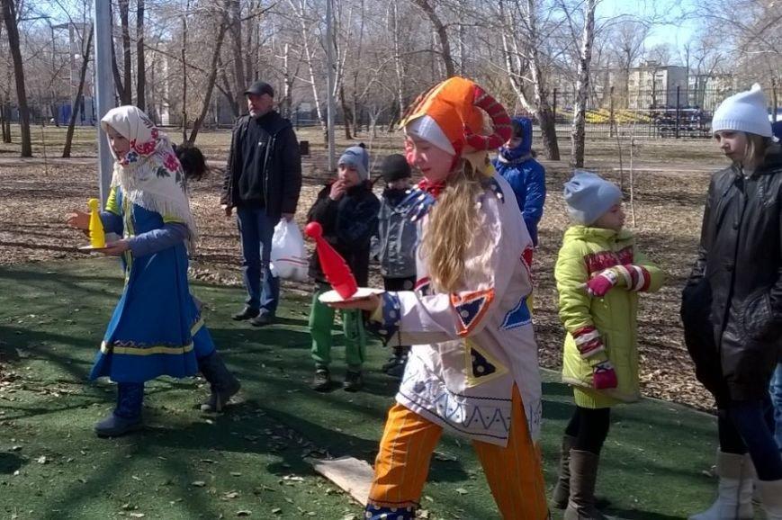В ульяновском сквере скоморохи устроили веселье. ФОТО, фото-8