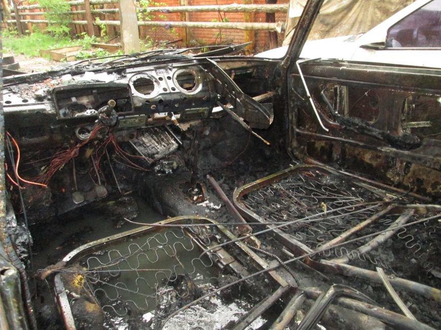 В Одессе на Черемушках горели сразу две машины (ФОТО), фото-2