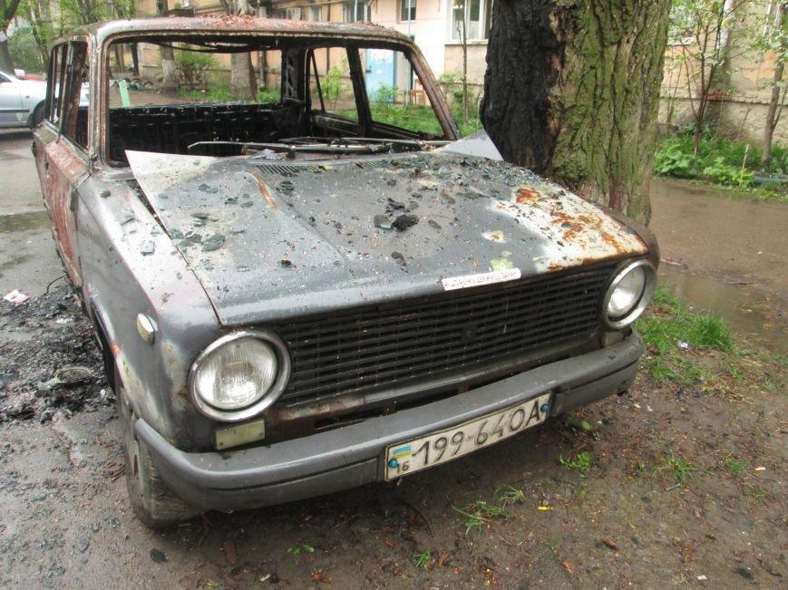 В Одессе на Черемушках горели сразу две машины (ФОТО), фото-5