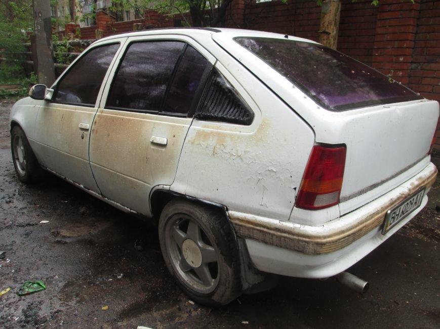 В Одессе на Черемушках горели сразу две машины (ФОТО), фото-3