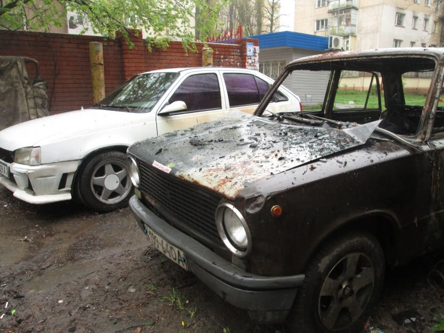 В Одессе на Черемушках горели сразу две машины (ФОТО), фото-12