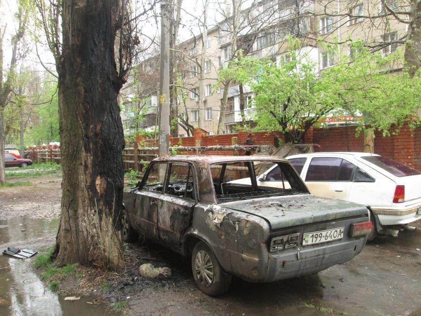 В Одессе на Черемушках горели сразу две машины (ФОТО), фото-9
