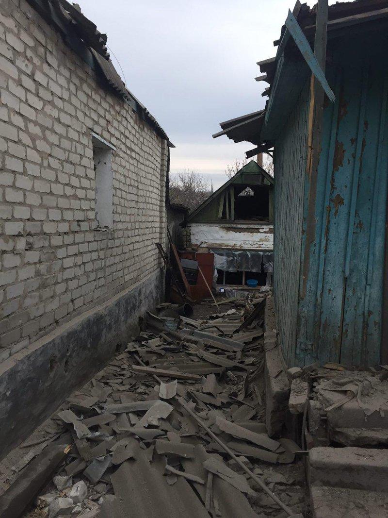 В Авдеевке под обстрелами боевиков вновь оказалась старая часть города, фото-5