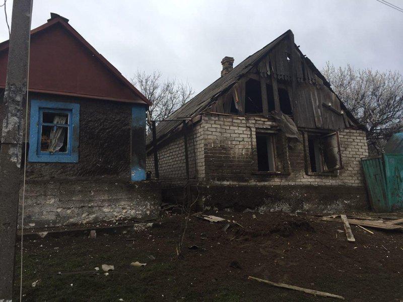 В Авдеевке под обстрелами боевиков вновь оказалась старая часть города, фото-1