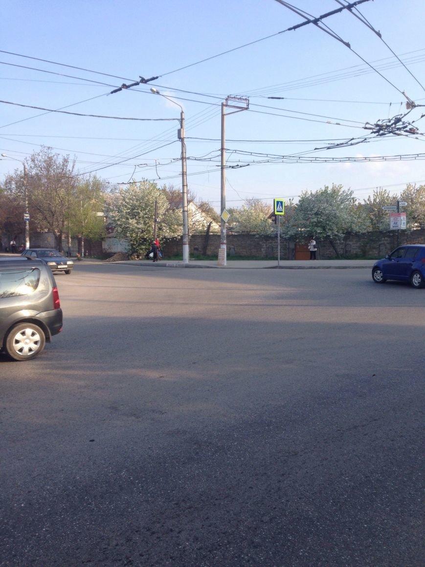 Разбитые дороги толкают симферопольцев на отчаянные меры (ФОТОФАКТ), фото-3