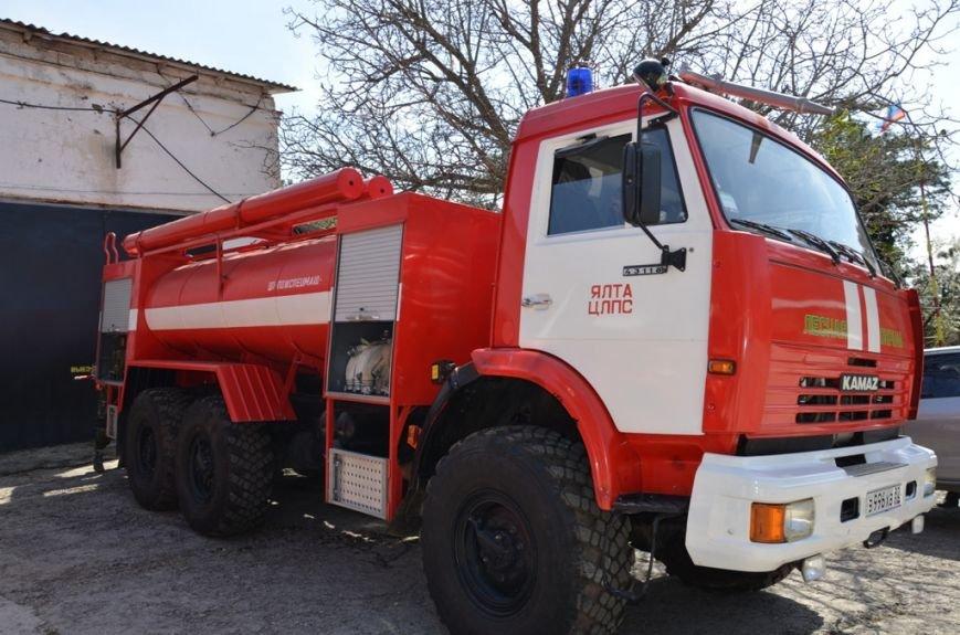 Для тушения лесных пожаров в Ялтинском регионе имеется вся необходимая техника, фото-1