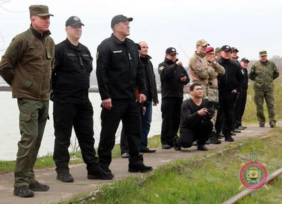 В Мариуполе спецназовцы освободили заложников в поезде, захваченном террористами, фото-3