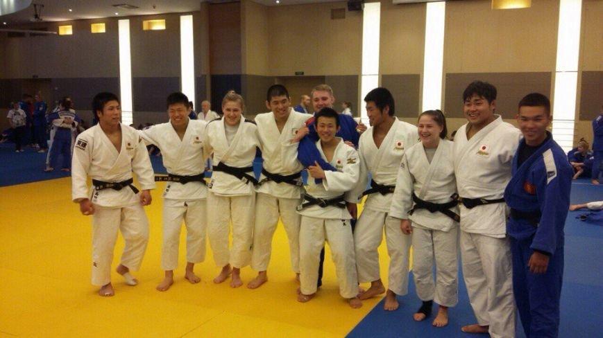 Новополоцкие дзюдоисты выступили на Кубке Европы и подружились с японцами, фото-1