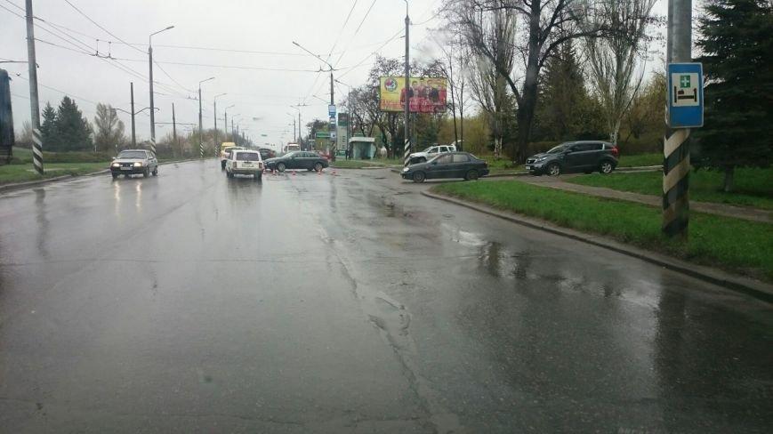 На Новом Свете в Краматорске произошло ДТП, фото-2