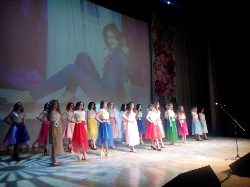В Ульяновске выбрали самых красивых жительниц Заволжья. ФОТО, фото-3