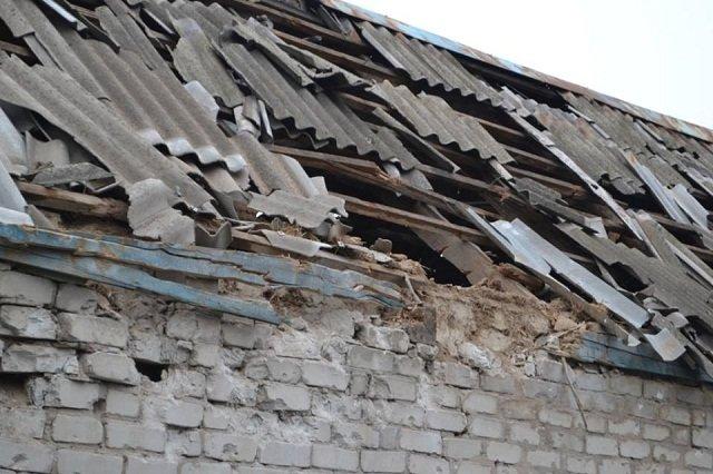 Авдеевку восстанавливают после вчерашнего обстрела, фото-5