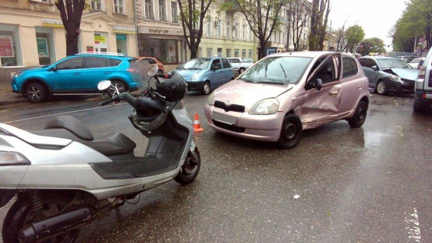 Масштабная авария в центре Одессы: есть жертва (ФОТО), фото-2