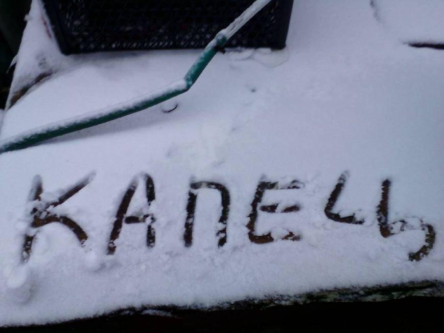 В Крым неожиданно вернулась зима: в Симферополе выпал снег (ФОТО), фото-13