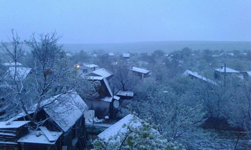 В Крым неожиданно вернулась зима: в Симферополе выпал снег (ФОТО), фото-8
