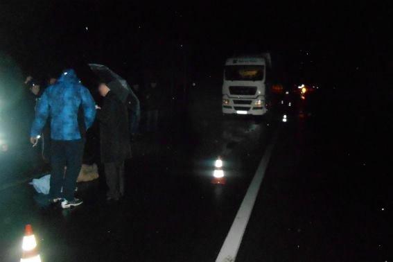 50-річний чоловік, якого збила фура на Свалявщині, помер на місці ДТП: фото, фото-1