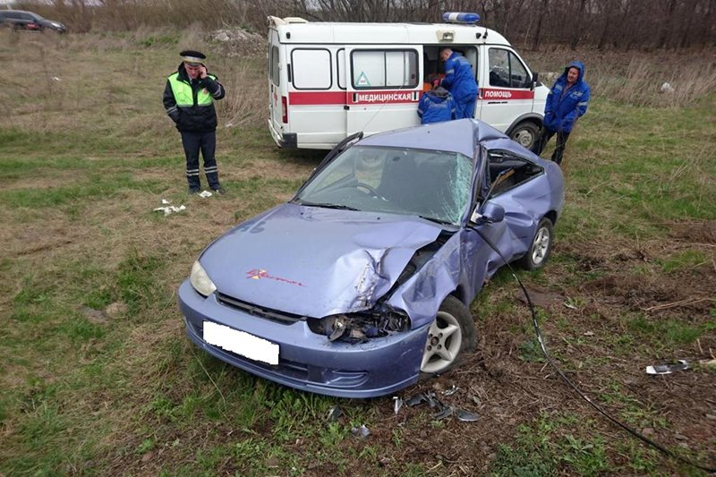 Под Белгородом погибла пассажирка перевернувшейся иномарки, фото-3