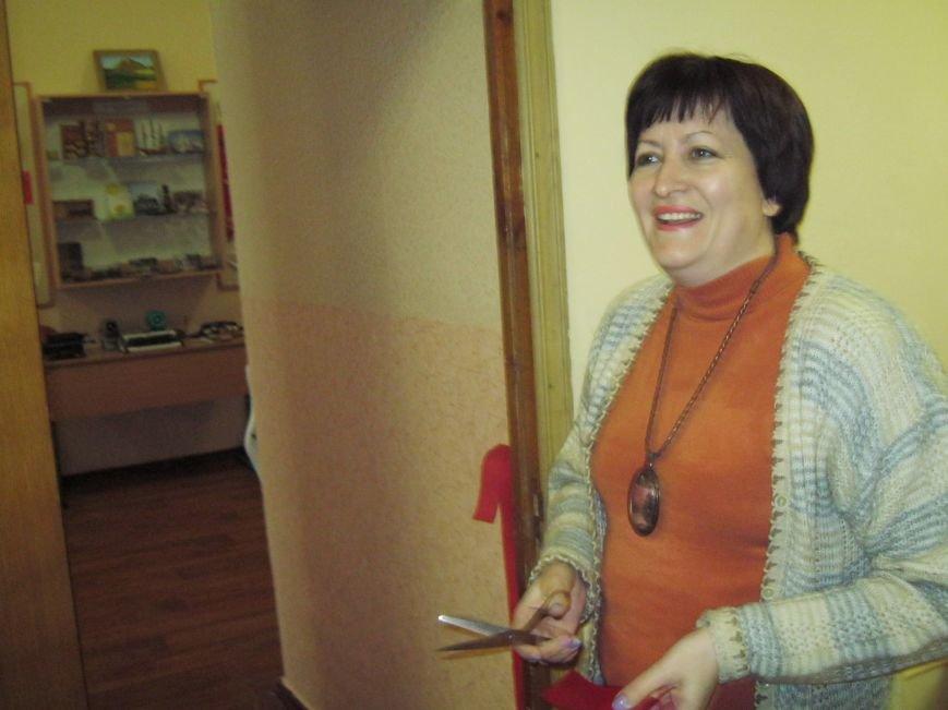 У НВК м.Покровська урочисто перерізано червону стрічку в музеї «Епоха і школа», фото-1