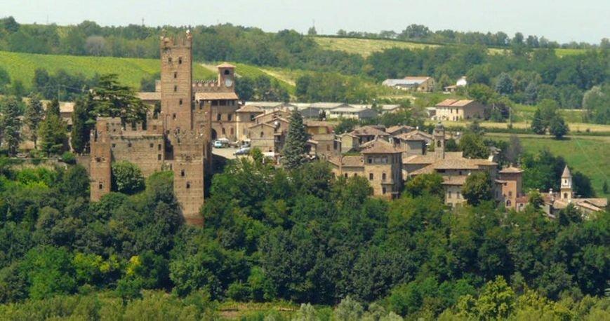 Итальянский город Кастель'Арквато может стать побратимом Алупки, фото-1
